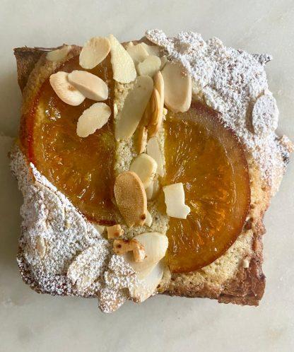 A single blood orange, almond and cardamom Rostock